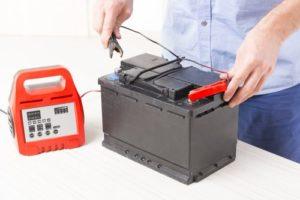 Сколько нужно ставить ампер для зарядки аккумулятора