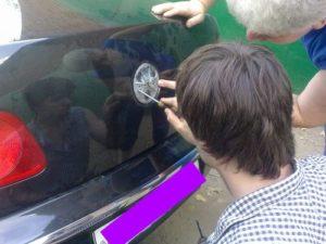 Вскрытие багажника автомобиля