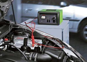 Сколько нужно вольт для зарядки аккумулятора