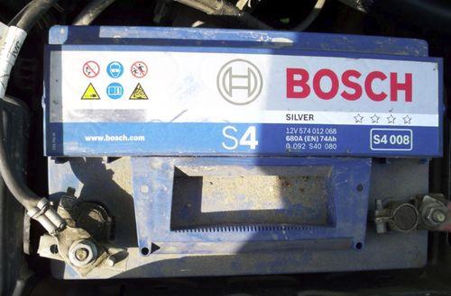 аккумулятор Bosch S4008
